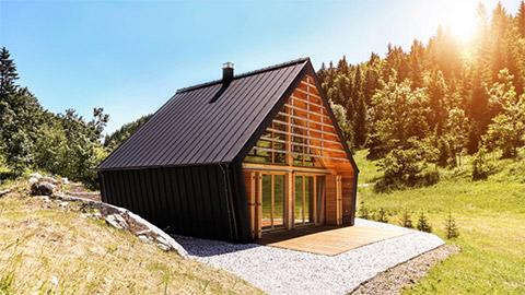 Montažna počitniška hiša